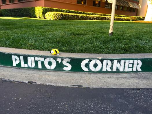 Tsum-Tsum-Pluto-Corner