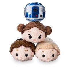 Closer look at the upcoming Star Wars 40th Anniversary Tsum Tsum Set!